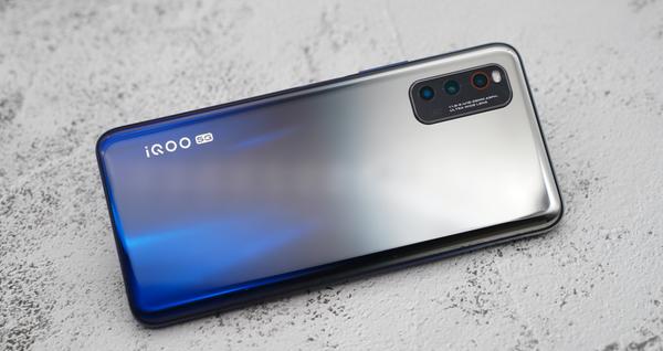 iQOONeo3夜幕黑12GB+128GB仅售2700元,现在值得购买吗?