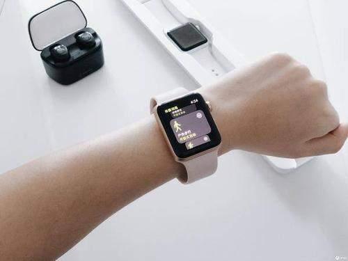 iPhone等更多苹果新品将拥有Apple Watch扬声器排水功能