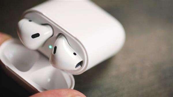 苹果airpods一代和二代的区别是什么?安卓能用吗?