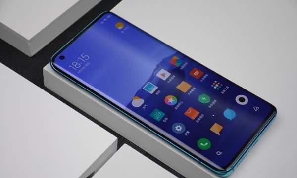 8月最值得购买的手机有哪些?看看这四款!