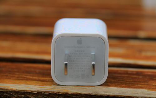 倍思推出20W充电器,专为iPhone12打造