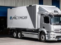 梅赛德斯奔驰展示其首款电动卡车