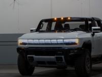 GMC终于展示了其1,000马力悍马EV