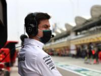 梅赛德斯奔驰的赛车经理为领导大奖赛车队树立了模板