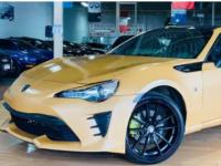 一辆有趣的Toyota 86跑车在多伦多出售