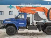 专家们在Ural Next底盘上制造了一台挖掘机